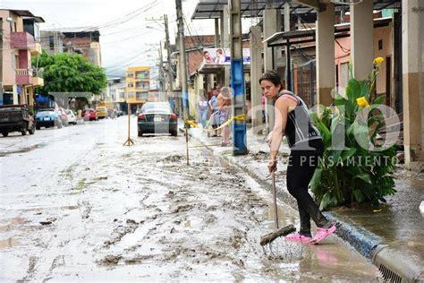 imagenes fuertes ecuador las fuertes lluvias inundan varios cantones de manab 237 el