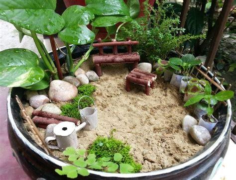 making a zen garden diy miniature garden
