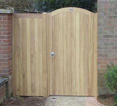 Side Gates Wood Fences Bristol Wood Fences Bristol