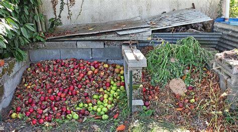 Wcs September 2013 Compost For Vegetable Garden