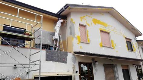 pittura esterno casa pittura casa esterno cheap interni esterni larlecchino