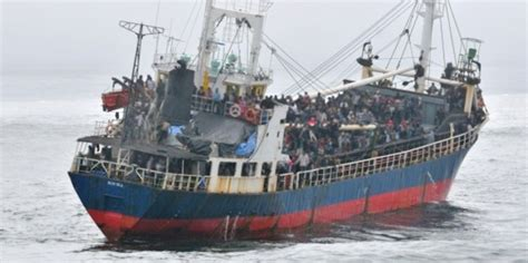 refugee boat vancouver refugee seeker turned reluctant captain of tamil migrant