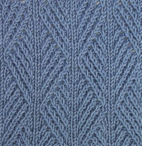 knit stiches ribbed leaf stitch is accomplished using twisted stitches