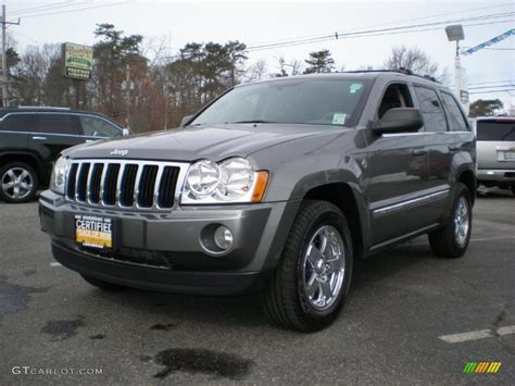 dark gray jeep cherokee 2007 mineral gray metallic jeep grand cherokee limited 4x4