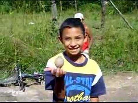 imagenes de niños jugando al trompo ni 241 o jugando trompo en siguatepeque honduras youtube