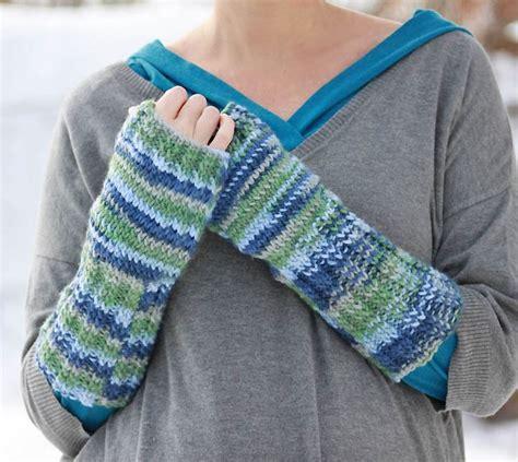 free pattern easy knit fingerless gloves scottish loch fingerless gloves allfreeknitting com
