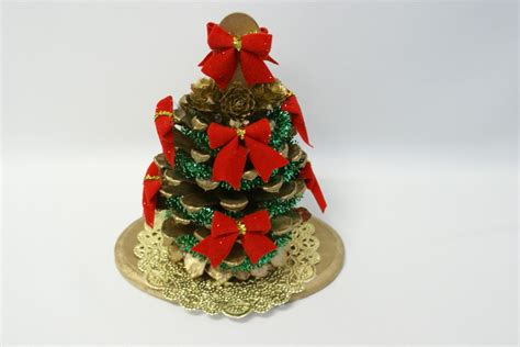 homemade pine cone christmas ornaments