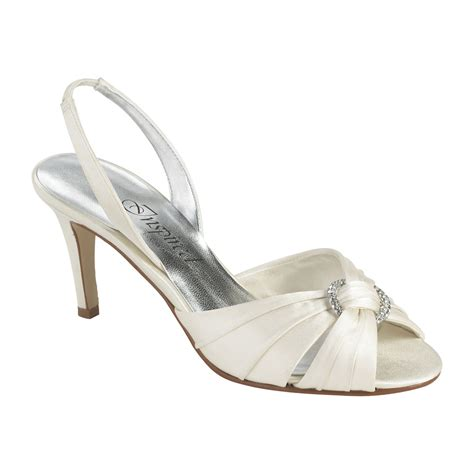 wide width bridal shoes ivory wide width wedding and bridal shoes