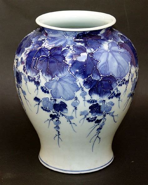 25 best ideas about porcelain vase on
