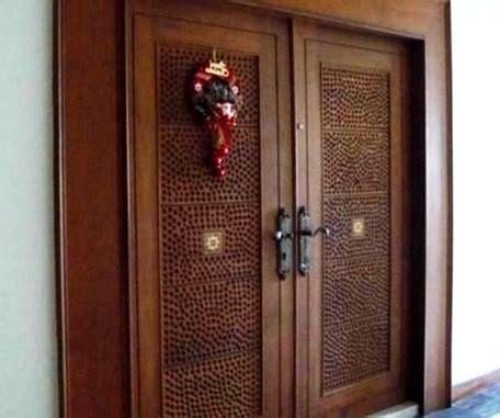 contoh gambar model desain pintu minimalis kayu jati  keren  rumah minimalis
