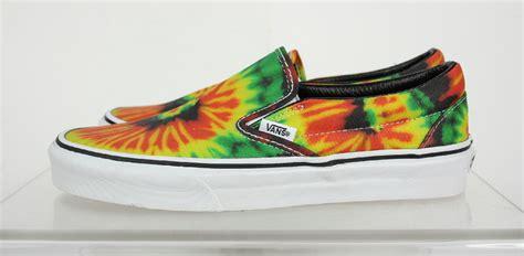 multi colored vans nwt vans unisex rasta multi color abstract slip on classic