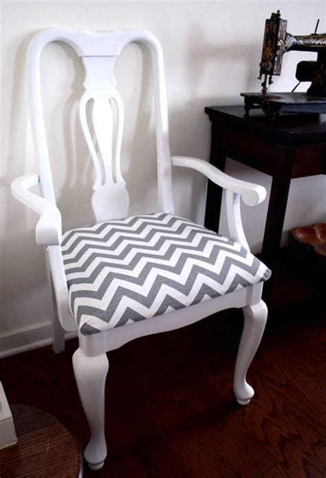 Chevron Dining Chair 25 Best Ideas About Chevron Chairs On Pinterest Chevron Office Home Goods Chairs And Small