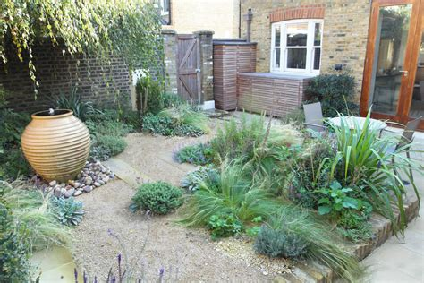 Ideas For Small Gardens Deluxe Idea Small Garden Landscapes Backyard Decosee