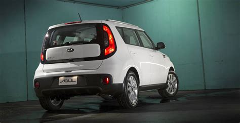 Kia Soul Length 2017 Kia Soul Pricing And Specs 24 990 Drive Away Price