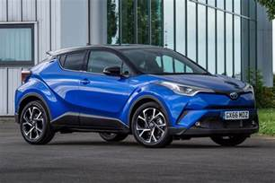 four out of ten toyota cars in the uk are now hybrids by