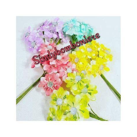 fiori per bomboniera fiori fai da te con strass argentati per confezione bomboniere