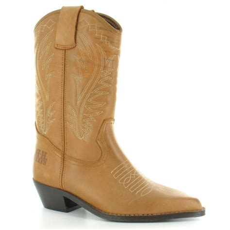 light tan cowboy boots womens light brown cowboy boots www imgkid com the