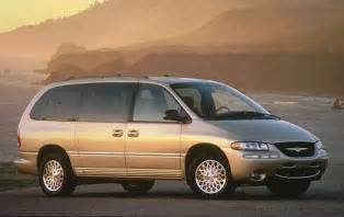 1998 Chrysler Minivan Used 1998 Chrysler Town And Country Minivan Pricing