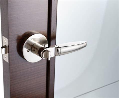 Handles For Closet Doors by Sliding Closet Door Handles