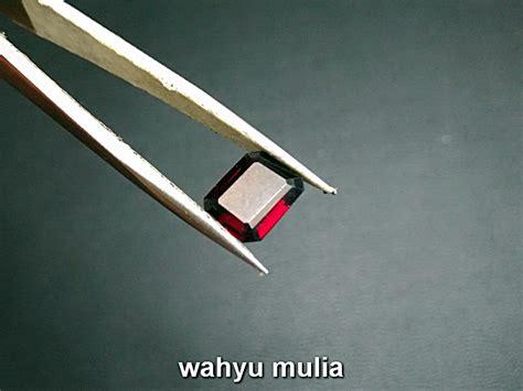 Batu Garnet Merah Kotak batu permata merah garnet kotak asli kode 762 wahyu mulia