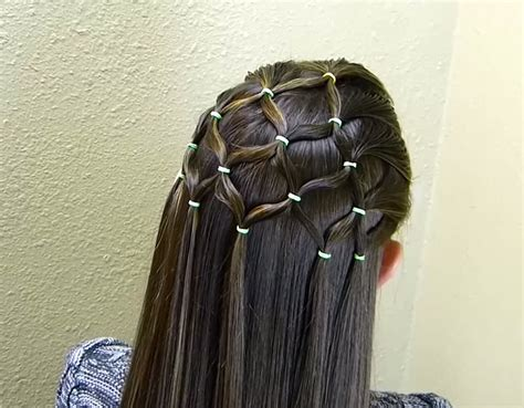 pretty christmas tree hairstyle that s easier to do than