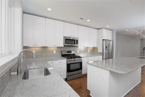 kitchens with glass tile backsplash monochrome glass subway tile kitchen backsplash subway