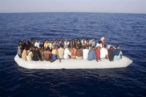 refugee boat tragedy unhcr unhcr warns of further boat tragedy risk on