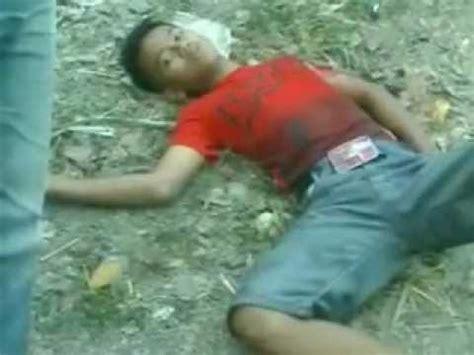 Luka Tanah kecelakaan mobil menabrak tanah di pudunan cibareno 3