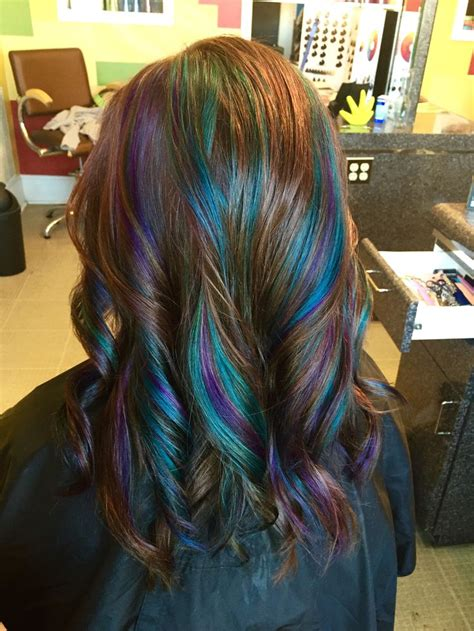 hairstyles with teal highlights 72 best images about hair colors on pinterest peacocks