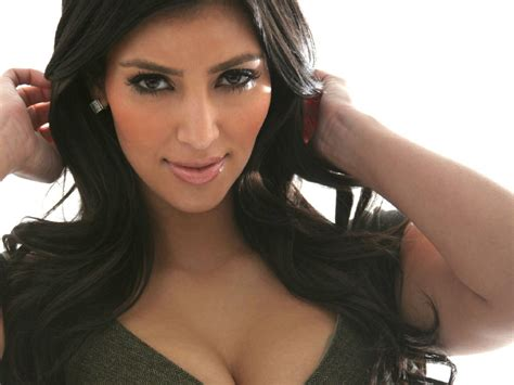biography kim kardashian bollywood extraordinary kim kardashian biography and hot