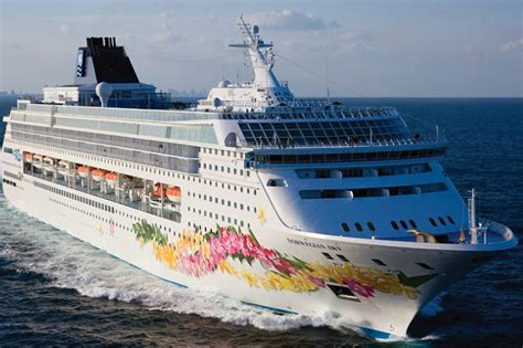 cruises to aruba from florida 2017 norwegian cruise line extends cruises to cuba through 2018