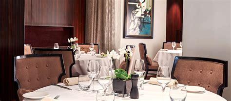 restaurant room service restaurant room service