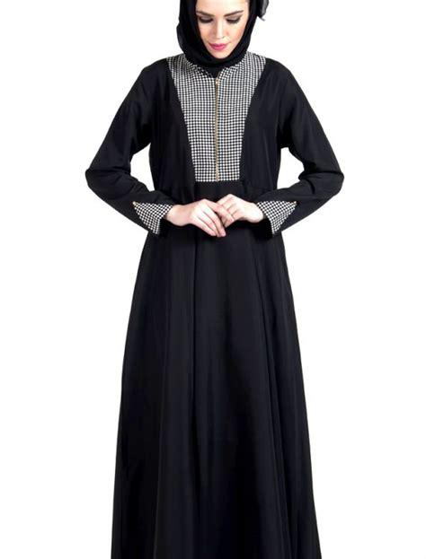 Jilbab Hoodie Zipper zipper front black and white print dress abaya shop at