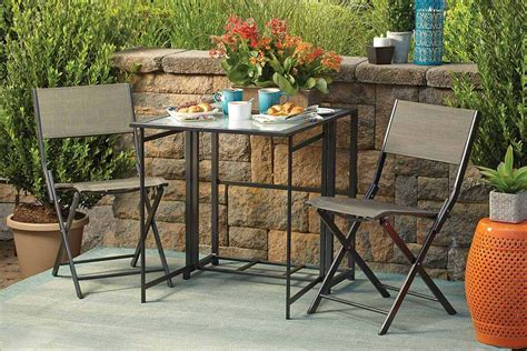 Small Patio Set 5 Small Patio Dining Sets For The City Dweller