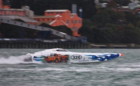 offshore power boats auckland superboat racing in the super city