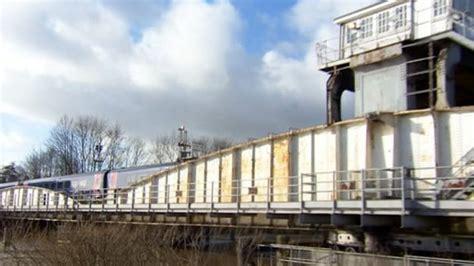 selby swing bridge bbc news selby swing bridge repairs begin after landslip