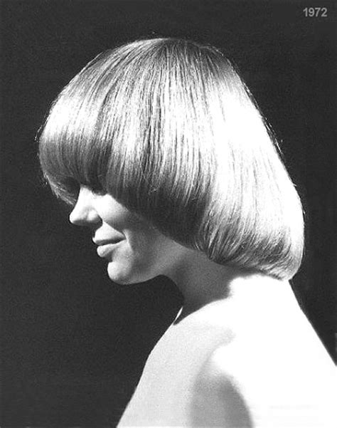 1970s style bobs hairstyle years 60 s 70 s girls women vintage fashion