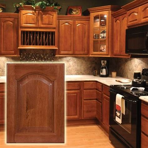 hickory kitchen cabinets wholesale hickory cathedral cabinets classic look discount