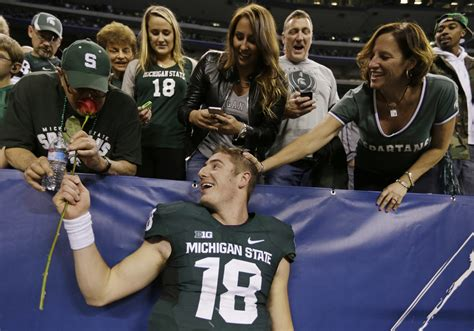 michigan state couch couch burning fires arrests in east lansing after