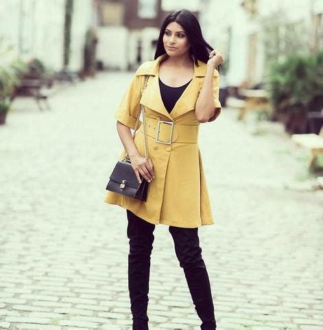 Fatma Dres Mustard photo gallery ownthelooks