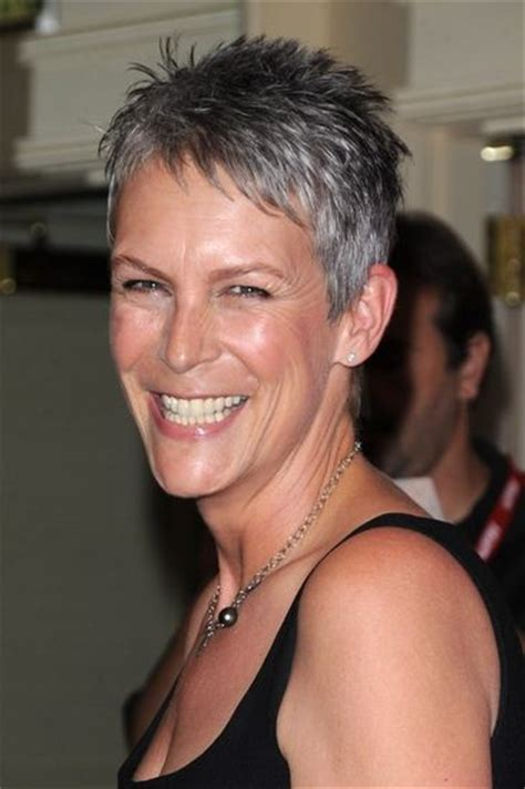 jamie lee haircut styles maintenance jamie lee curtis love her pixie cut hair styles