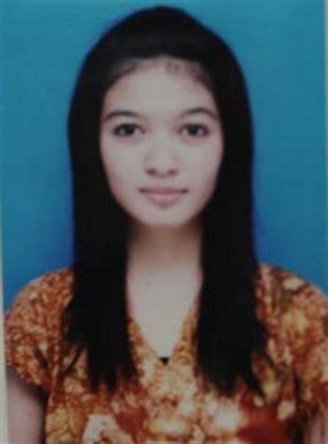 biodata selvi jokowi biodata lengkap selvi ananda putri menantu jokowi foto