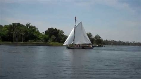boat r in crystal river crystal river boat builders sailing the scow quot spirit