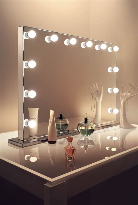 mirror finish hollywood makeup mirror with warm white