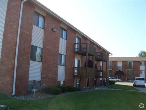 1 bedroom apts in bloomington il apartments for rent in