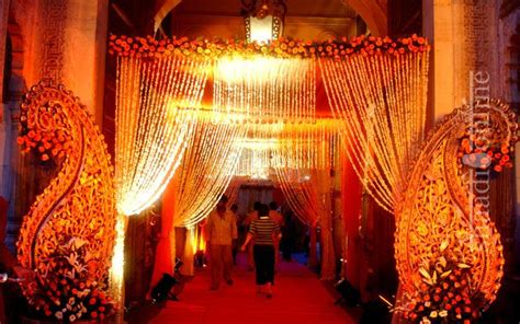 dramatic wedding lights shaadionline signature weddings