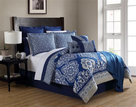 periwinkle bedding essential home 16 pc comforter set periwinkle medallion
