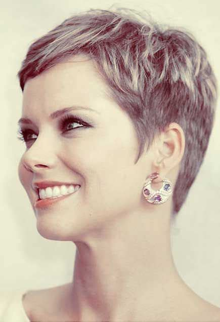 pixie hairstyles for 30 year olds 30 chic pixie haircuts best pixie cuts we love for 2017