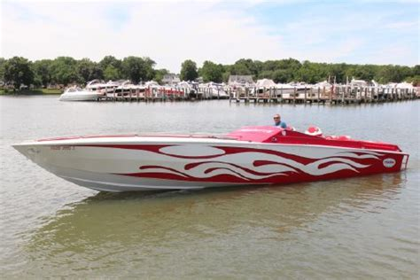 cigarette boat for sale uk cigarette racing 38 top gun for sale yachtworld uk