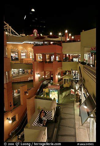 picture photo some of the 140 stores in the horton plaza